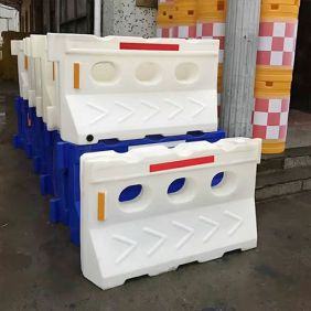 Plastic Barrier PB002